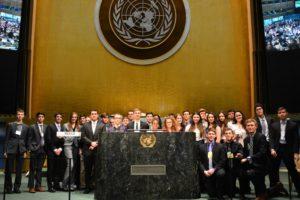 photo-1-un-ga-podium