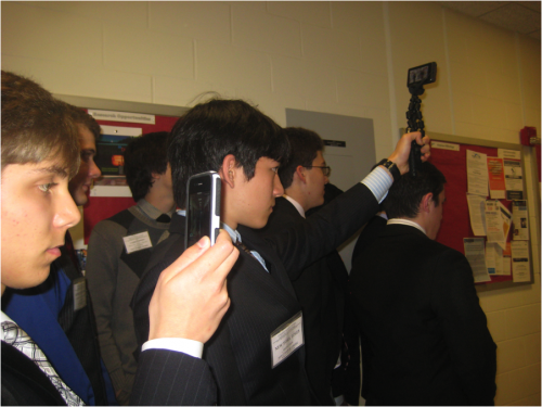Pree Corps delegates recording events on new media