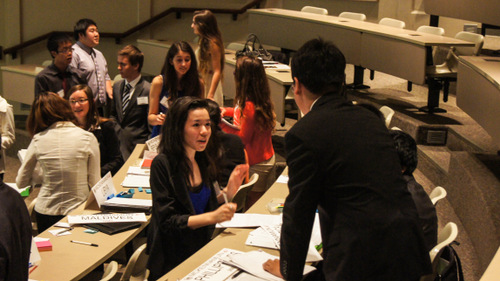 Delegates Discuss Solutions to the Black Market Trade in Arms