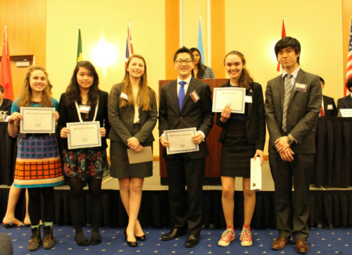More delegates from CAHSMUN with their awards.