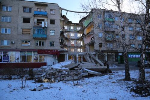 03-02-2015Ukraine_Damage